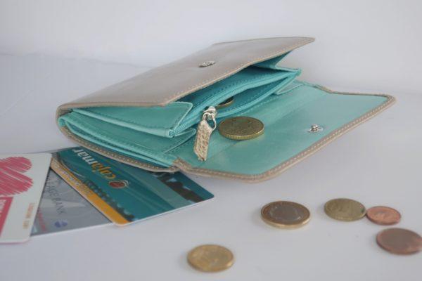 二つ折り財布 インアッシュグレーとターコイズブルーのツートンカラー スペイン製 イタリアンレザーの手作り革製品