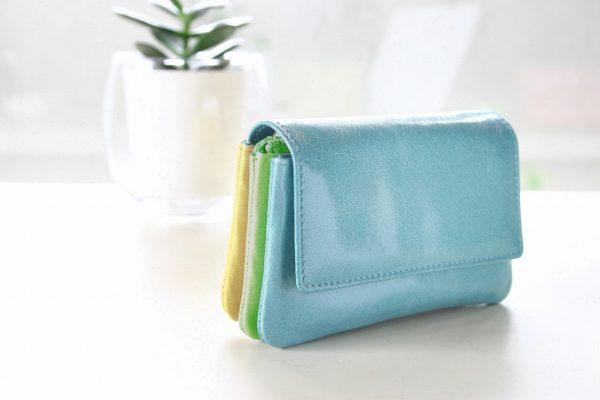 イタリアレザーで作るミニ財布スペイン製